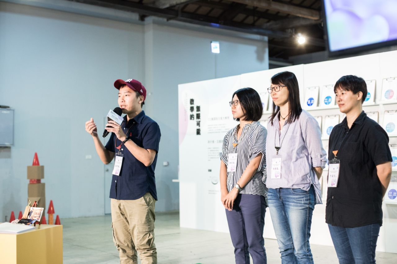 高雄市立小港高中教師團隊分享「發現你的文案力」中央社